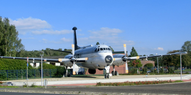 Flugzeug-BW-Nordholz.jpg
